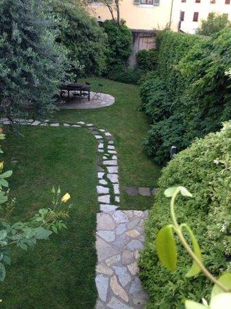 Buonanotte Barbarossa: courtyard