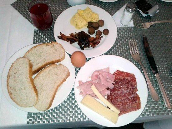 Starhotels Cristallo Palace: colazione