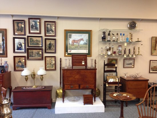 Loch Lea Antiques: Fine Kentucky Furniture Is The Specialty At Loch Le.