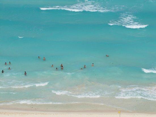 Beach Palace: Beach