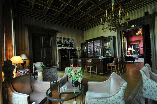 schlosshotel im grunewald picture of patrick hellmann schlosshotel berlin tripadvisor. Black Bedroom Furniture Sets. Home Design Ideas