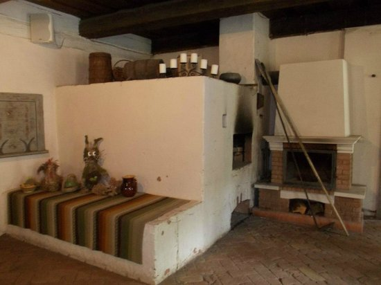 Latvian Ethnographic Open Air Museum: внутри избы