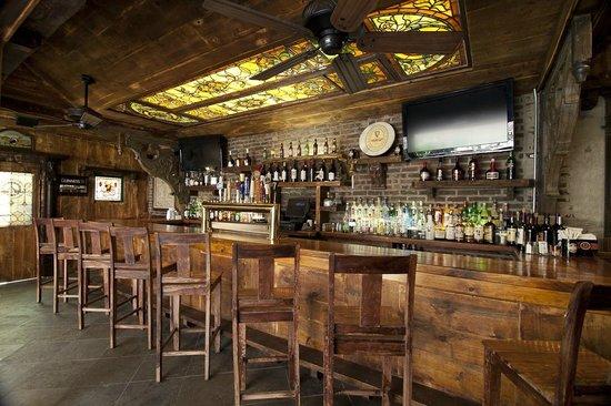 Hurley's Saloon: Rooftop Bar