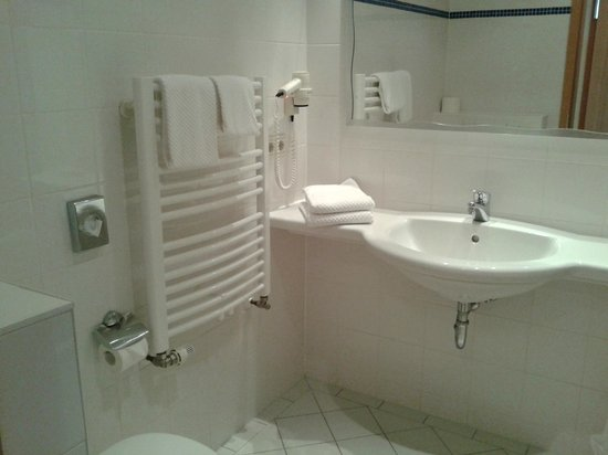 Hotel Am Leuchtturm: Badezimmer
