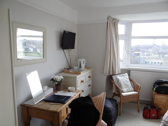 The Allotment House: Other side of bedroom