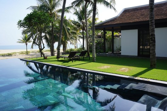 Four Seasons Resort The Nam Hai, Hoi An: Pool Villa - Bedroom 1