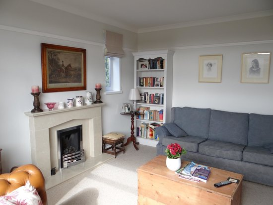 The Allotment House : Living room