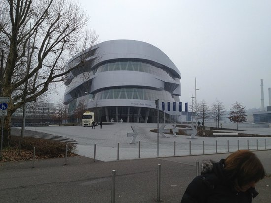 Ostersonntag im mercedes benz museum bild von mercedes for Mercedes benz of atlantic city new location