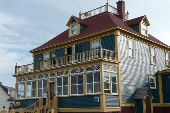 The Thorndyke Bed and Breakfast: Lovely 1917 Home - Exterior of B&B