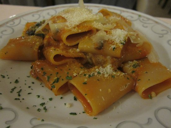 Ciao Toto: Never had this type of pasta before, but it was good.