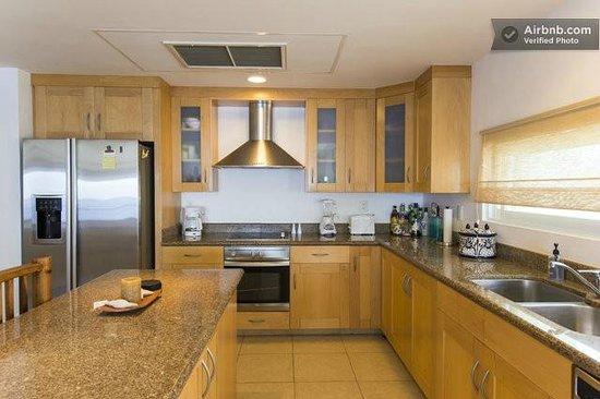 Cozumel's Condominios Marazul: Fully stocked kitchen