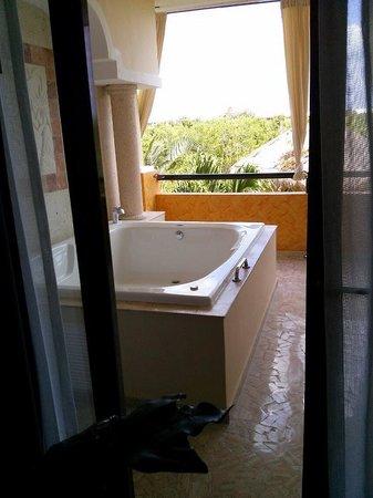 TRS Yucatan by Palladium: Jacuzzi