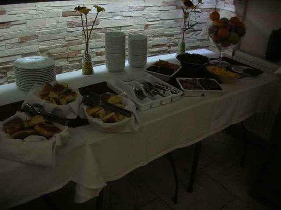 Ipekyolu Hotel: breakfast buffet part 1
