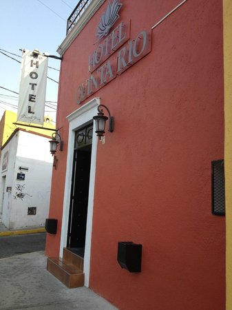 Hotel Quinta Rio Queretaro: Entrada del Hotel