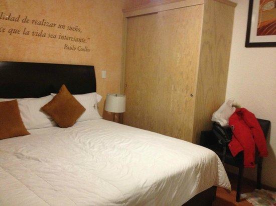 Hotel Quinta Rio Queretaro: Habitación estándar