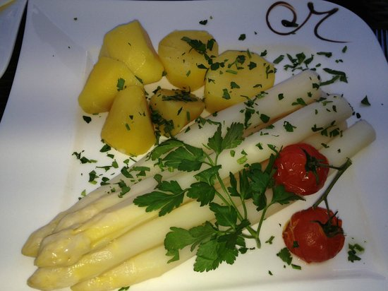 Maravilla Beauty Spa Hotel & Restaurant: Dineren