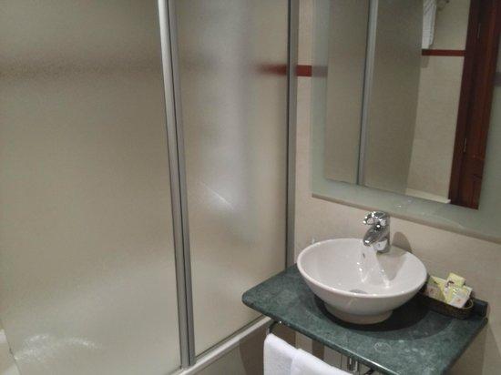 Hotel Las Almenas: Salle de bain