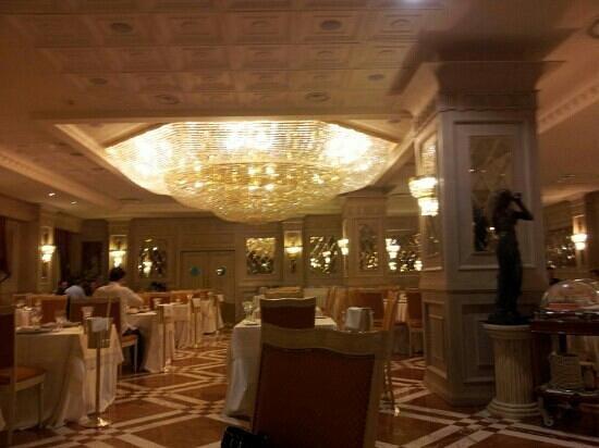 Grand Hotel Vanvitelli: ristorante