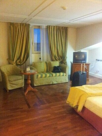 Grand Hotel Vanvitelli: suite