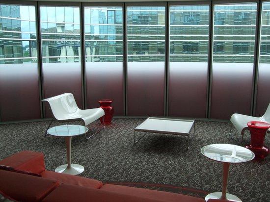 Mercure Bordeaux Cité Mondiale Centre Ville : Le petit salon