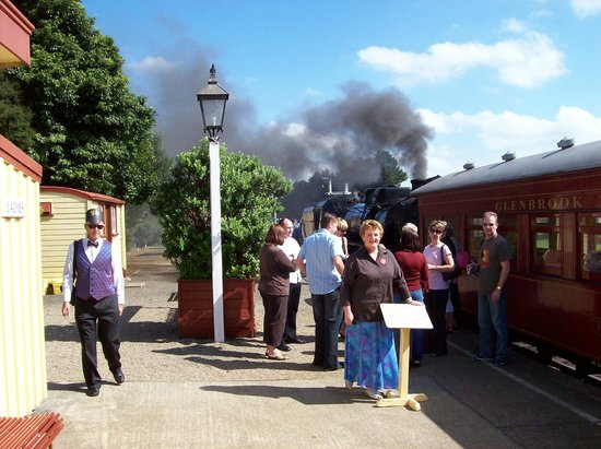 Glenrbrook Vintage Railway: All aboard!!