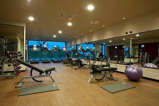 Double tree hotel gym spa
