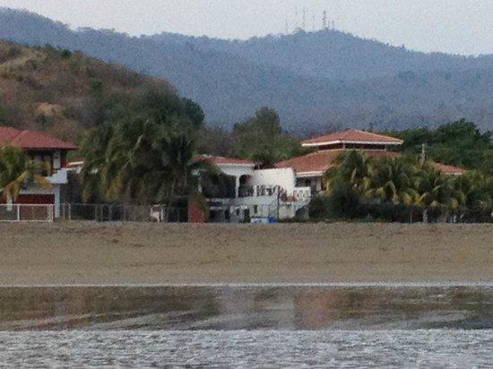 HC Liri Hotel: View from beach