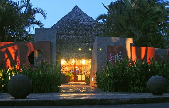Xandari Resort & Spa : Spa at night