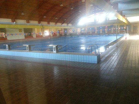 Sa Rocca Hotel & Resort : bellissima piscina all' interno di un resort.