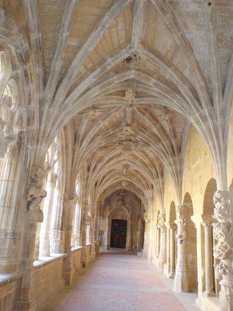 Cloitre de Cadouin: Dans une des galeries