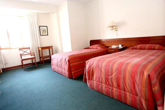 Emperador Plaza Hotel: Doble