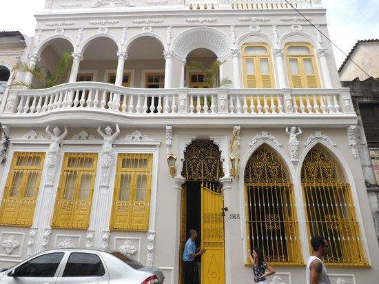 Pousada Colonial: Bela fachada