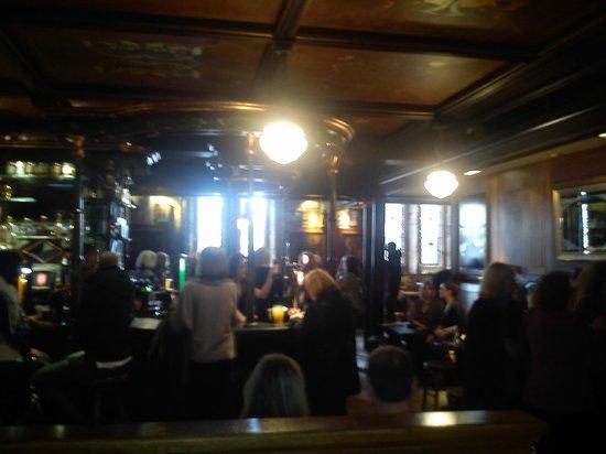 Oran Mor: The bar