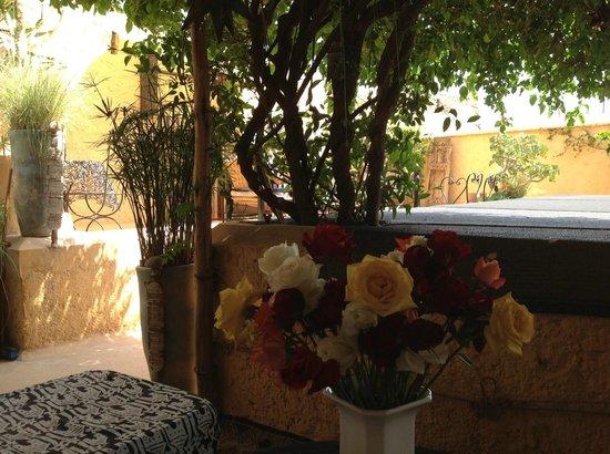 Riad Dar Oulhoum: Terrasse
