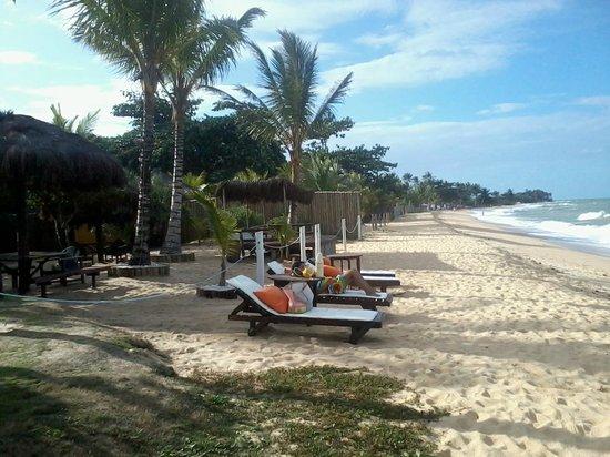 Pousada Aldeia do Sol : praia