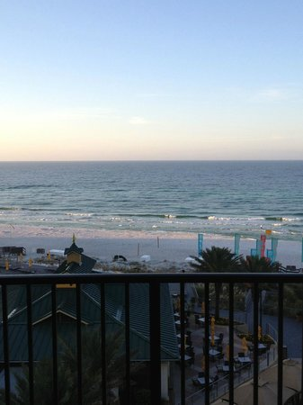 Hilton Sandestin Beach, Golf Resort & Spa : Overlooking the Gulf of Mexico