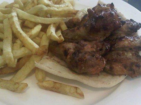 ALBASHA Lebanese Restaurant: Albasha - Chicken Wings
