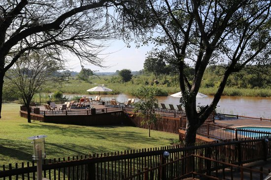 Sabie River Bush Lodge: View from dining area