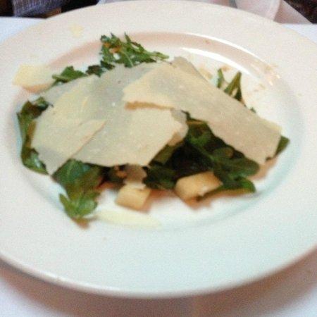 Lattanzi Ristorante: Arugula pear parmesan salad