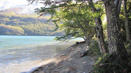Aguas Arriba Lodge: La playa