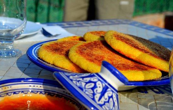 Dar Moula : pane tipico e marmellata