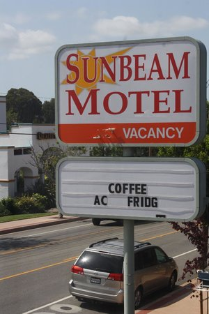 Sunbeam Motel: Welcome sign