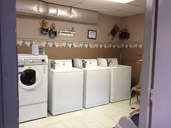 Natural Bridge/Lexington KOA: excellent laundry facility