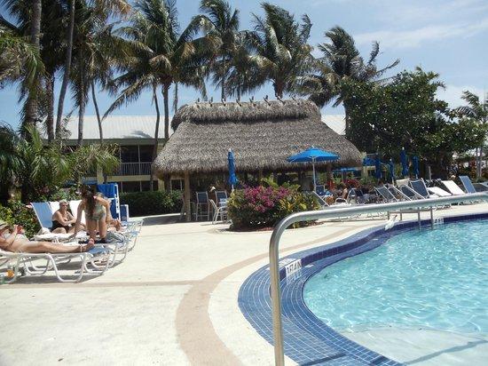 Best Western Key Ambassador Resort Inn: bar en la piscina
