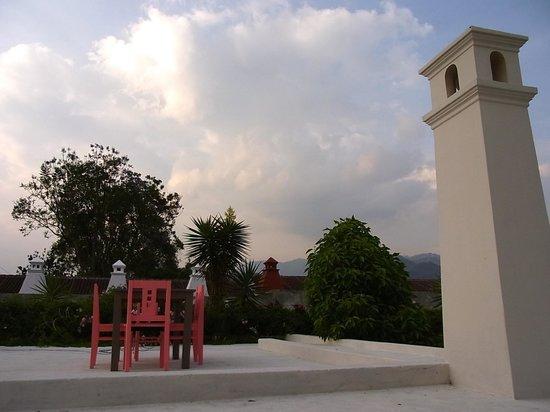 Casa Menta Antigua: Roof Top Terrace with Mountain View