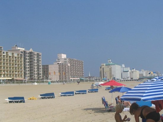 Days Inn Virginia Beach Oceanfront: la plage