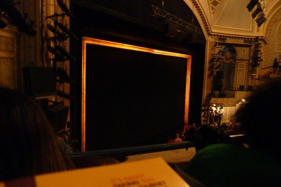 Ambassador Theatre: Palcoscenico Ambassador Theater