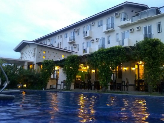 Hotel Soffia Boracay: facade