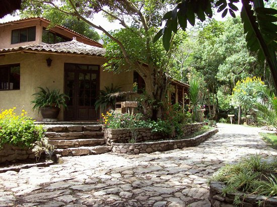 VILLA LOS LOROS CHOQUEQUIRAO LODGE