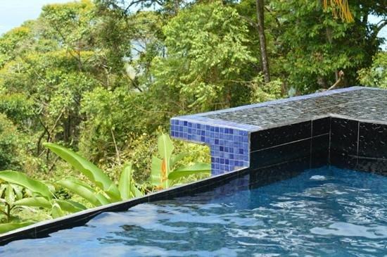 Rancho Pacifico: villa romantica pool